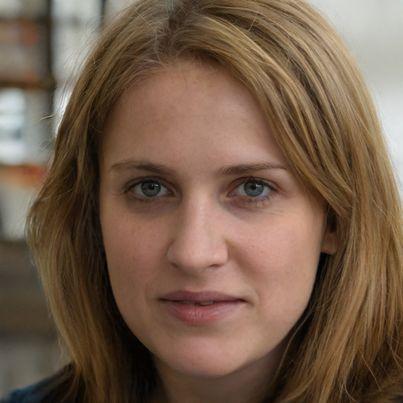 CEO, Ana Mocek